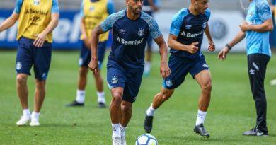 e109e35450 Renato encaminha time com reservas para duelo contra o América