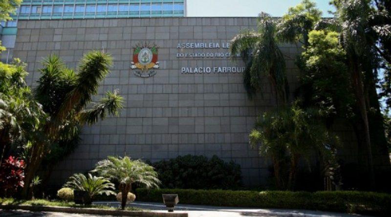 Assembleia Legislativa aprova projeto que viabiliza pagamento do 13º salário