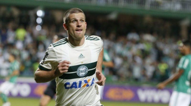 7ae9b1f8cd Matheus Galdezani próximo de ser jogador do Inter - TV Pampa