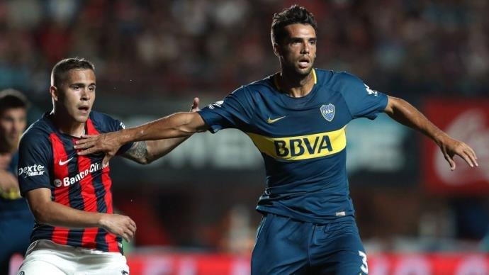 Grêmio insiste em negociação por empréstimo, mas estuda investida de compra para ter Emmanuel Mas