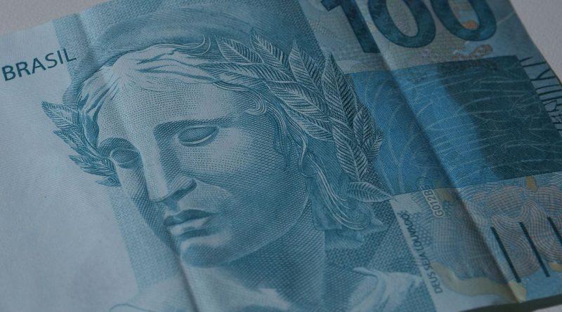 Previsão de alta da economia cai pela oitava vez no ano e vai para 1,71%