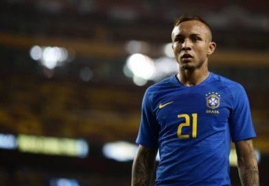 Tite divulga lista para amistosos e Copa América com Éverton, do Grêmio