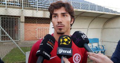 Erik, lateral-esquerdo do sub-20 do Internacional, poderá integrar equipe principal