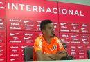 Lindoso projeta confronto contra Flamengo e diz estar 100% para a partida